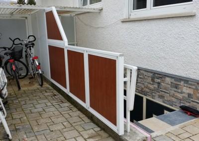 Treppenabgänge verschönern und gleichzeitig Lärmschutz für die Partyräume im UG