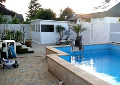 Sichtschutz und Lärmschutz am Schwimmbad